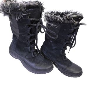 The north face ptimaloft winter shoes size US 5